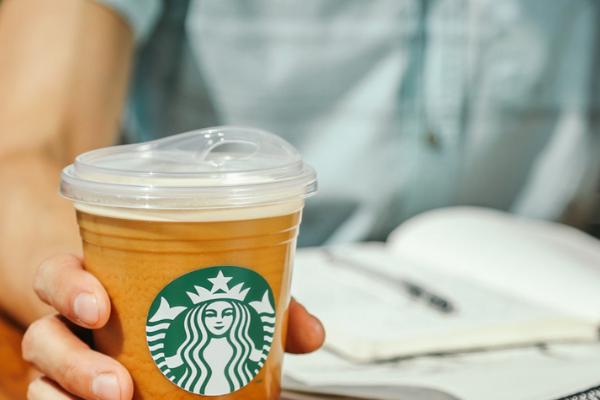 Starbucks to Eliminate Plastic Straws & Why Plastic Straws Suck