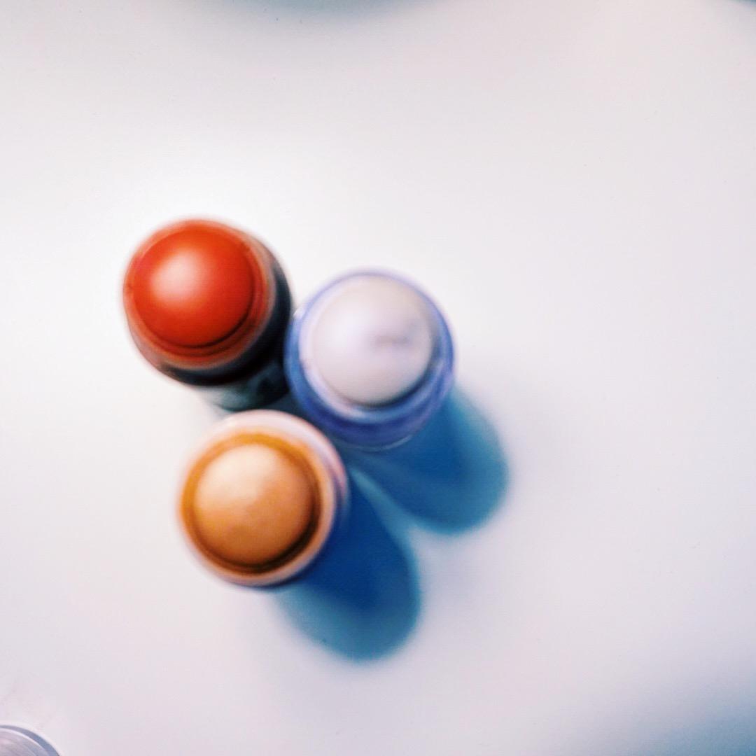 Milk Makeup Review | Holographic Highlighter | Lit Highlighter | Werk Blush + Lip