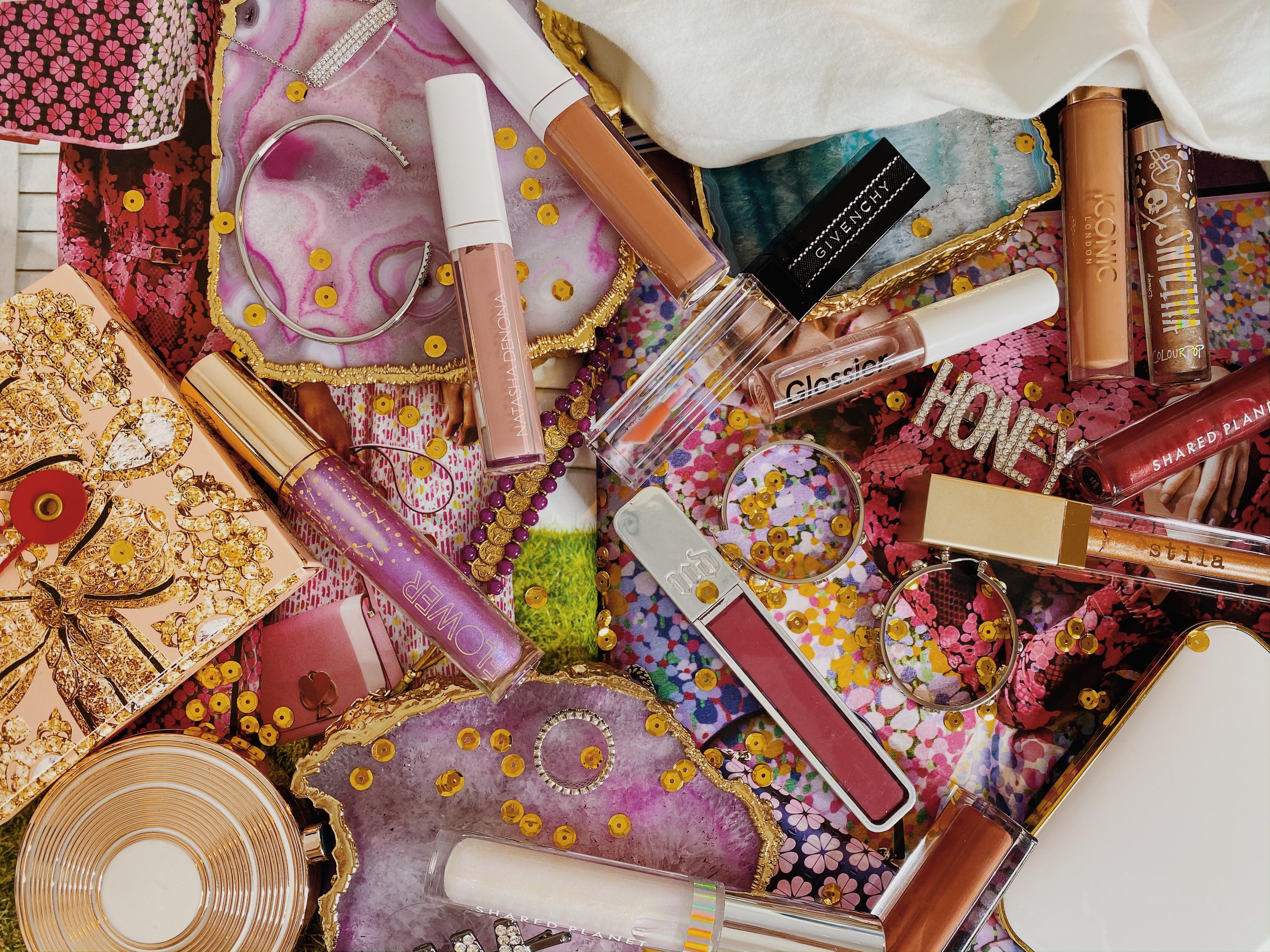 Lip Gloss Collection Ranking | Natasha Denona Lip Glaze | Stila Boss Gloss | Flower Beauty Gloss | Iconic London Lip Plumping Gloss | ColourPop x Disney Villains Ultra Glossy Lip | Glossier Clear Gloss | Urban Decay Hi-Fi Shine Lip Gloss | Shared Planet Polar Bear Lip Glosses | Givenchy Lip Vinyl Gloss