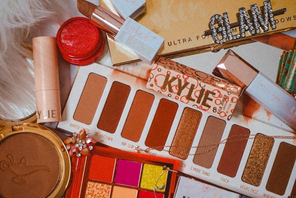 8 Creative Ways to Use Eyeshadow